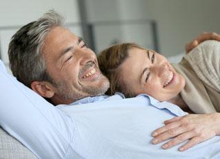 graue haare im toupet echthaar oder lieber synthetisches